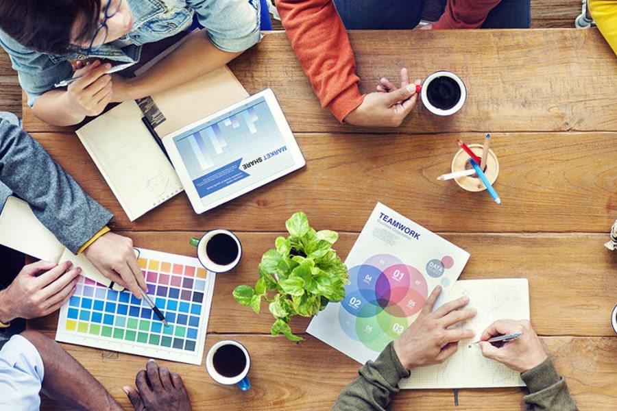 Kỹ năng làm việc nhóm cần thiết với nghề thiết kế đồ họa