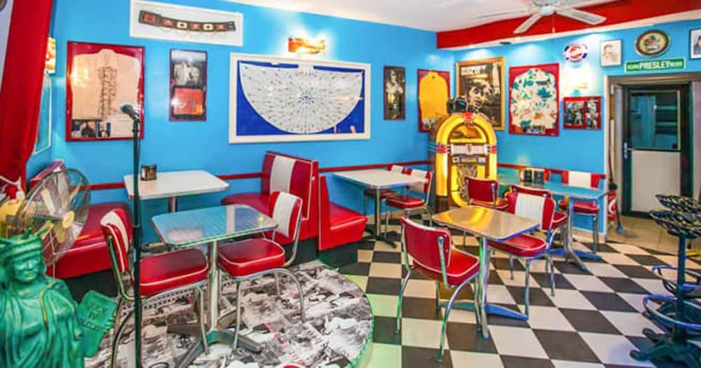 trang trí nhà hàng Lựa chọn màu sắc phù hợp